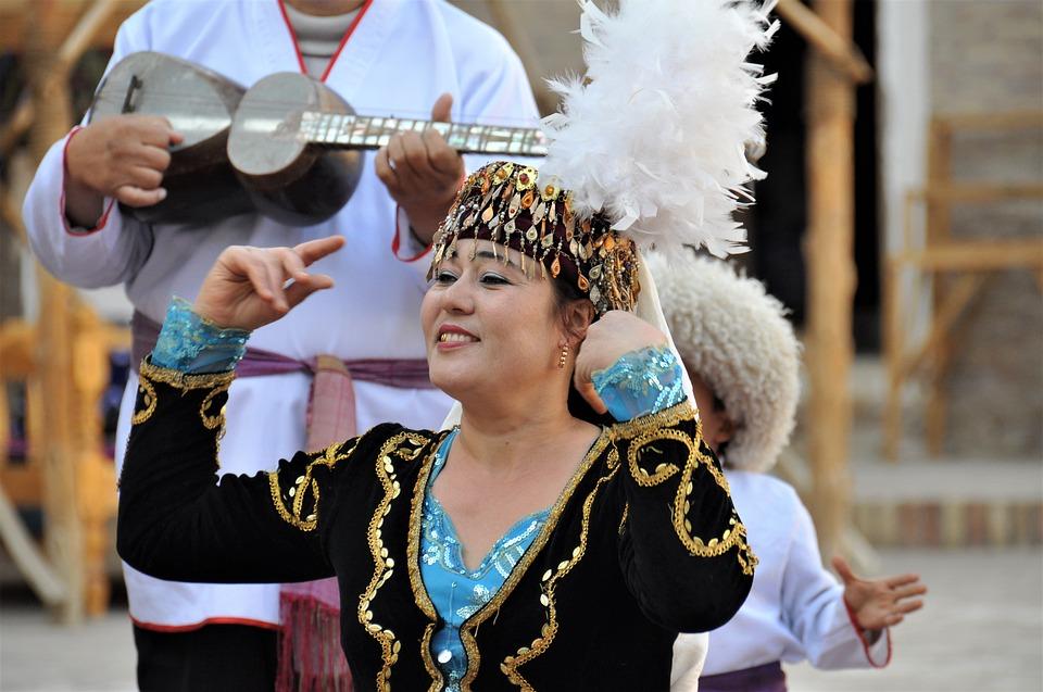 בעקבות אוצרות דרך המשי העתיקה באוזבקיסטן