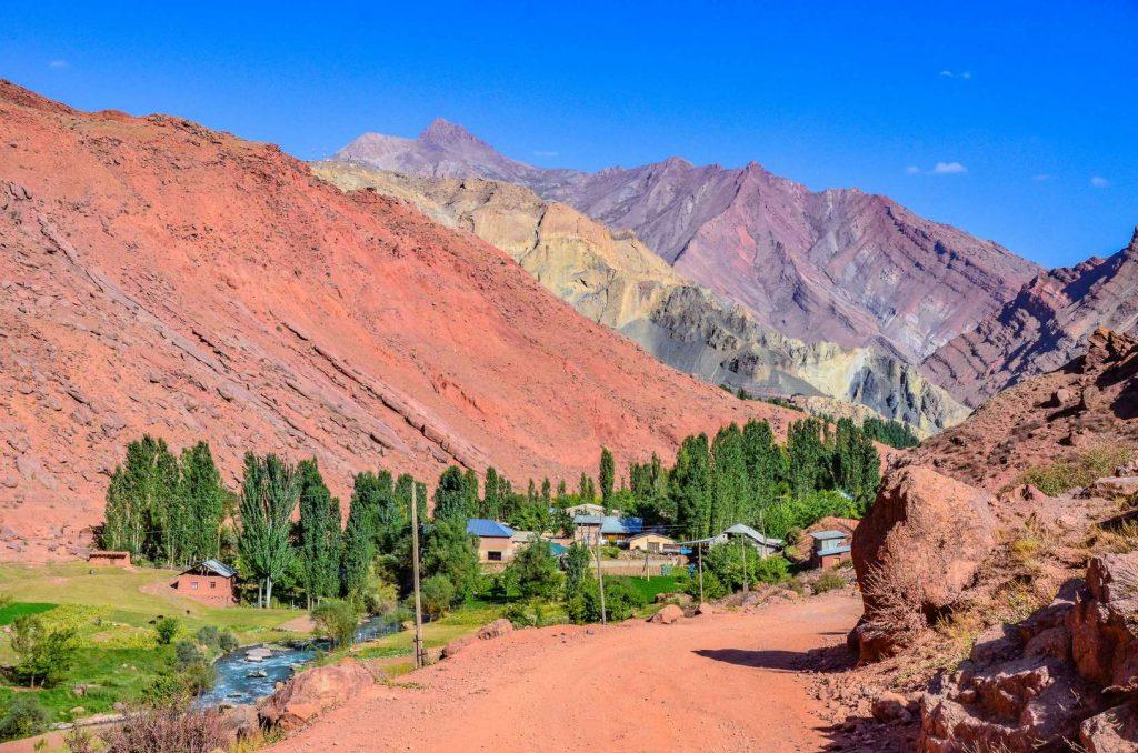 טג'יקיסטן טיול ג'יפים גיאוגרפי